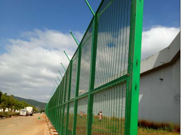 监狱钢网墙4