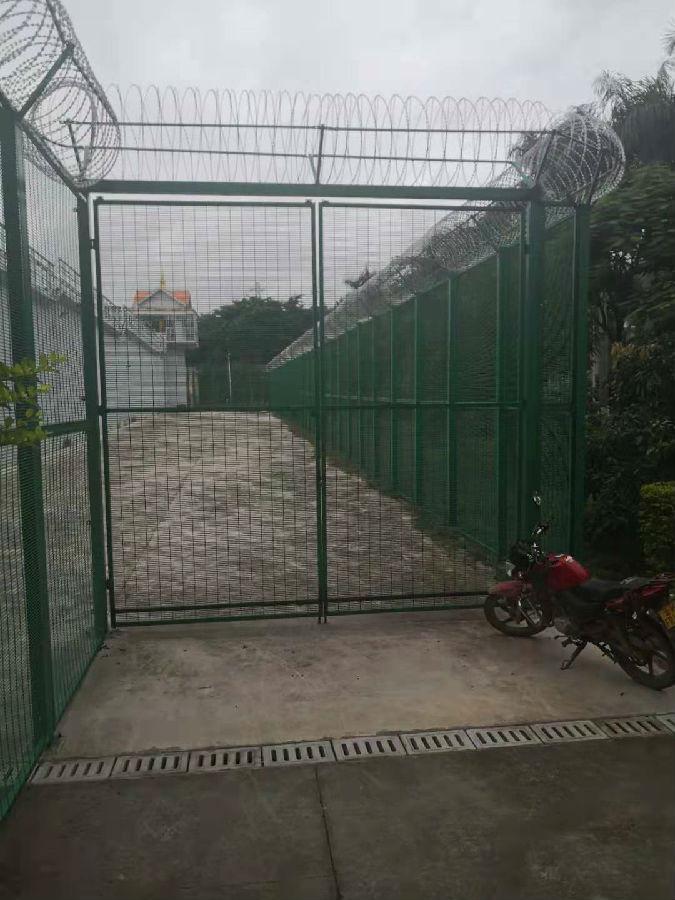 358安全围栏